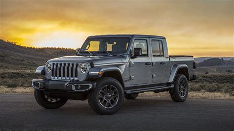 Jeep Jt 2020 by 2020 Jeep Gladiator Pictures Gallery And Info