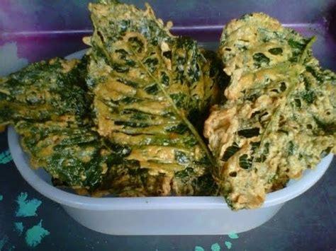 Peyek Bayam Kripik Bayam keripik daun bayam renyah resep cara membuat dan mengak
