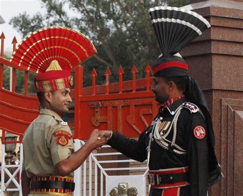 india pakistan diwali 2016 bsf and pak rangers won t exchange at