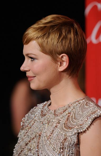 what did rhe pull back hairdos on michelle obama more pics of michelle williams pixie 3 of 15 short