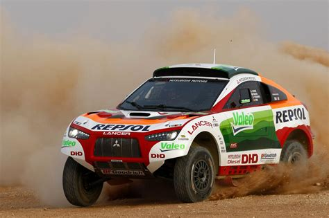 mitsubishi dakar new racing lancer for new look dakar rally scoop news