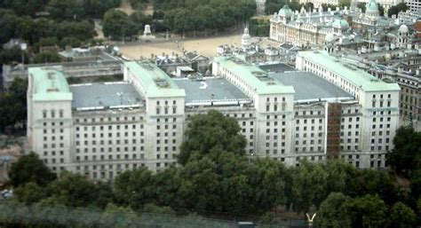 ministry of defence file ministry of defence from air jpg wikimedia commons
