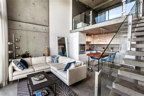 concrete loft soggiorno con cucina tutto in bianco stile minimal idee