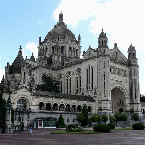 st therese basilica lisieux france lisieux 01 basilica of st th 233 r 232 se of lisieux france 04