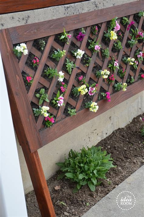 Vertical Flower Garden Diy Vertical Flower Bed The Idea Room