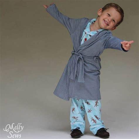 robe de chambre enfant patron gratuit une robe de chambre pour enfants