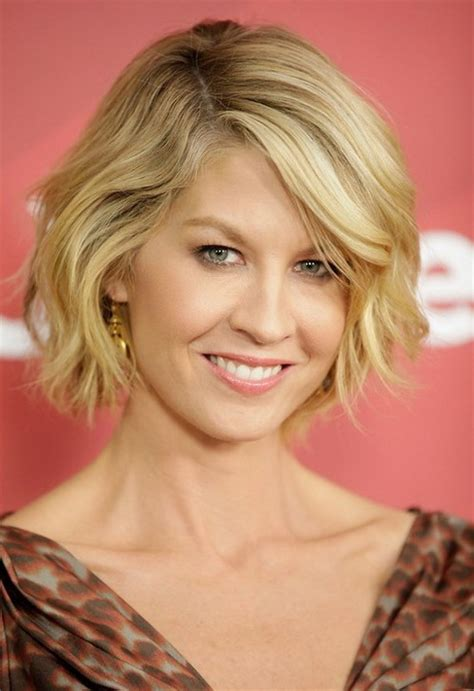 haircuts bob wavy curly bob hairstyles 2016