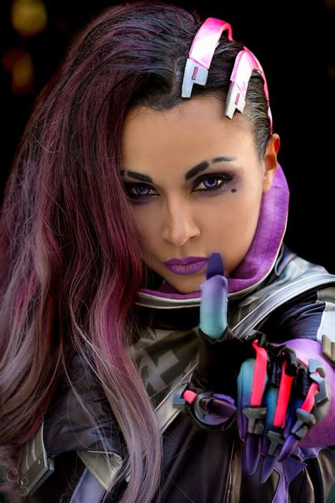 haircut games real life blizzard had official sombra cosplay made for her reveal