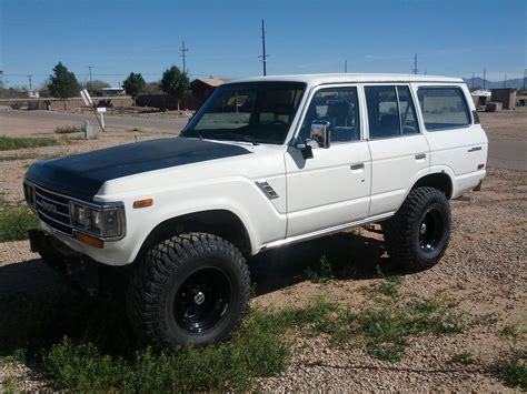 old white land 100 old land cruiser pure white old fj cruiser is