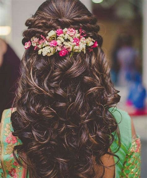 Easy Indian Wedding Hairstyles For Hair by Best 25 Indian Wedding Hairstyles Ideas On