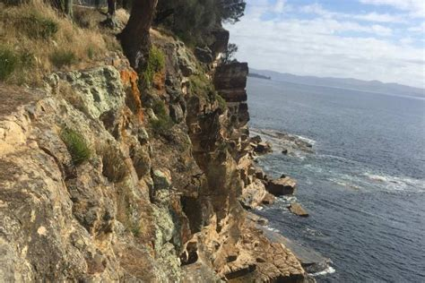 17 year old hairstylist cliff family friends distraught at tasmanian teen s cliff