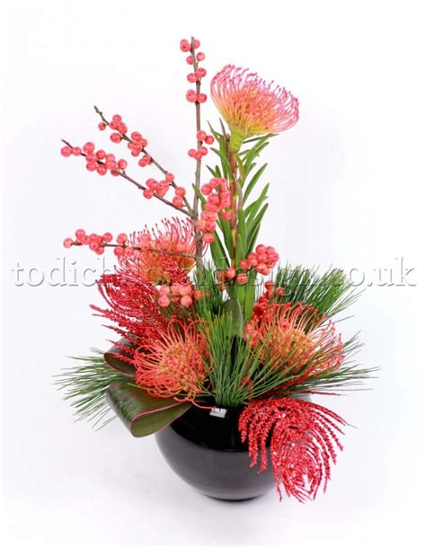 images of christmas flower arrangements christmas flower arrangements floral arrangements for