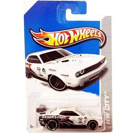 Hotwheels Dodge Challenger Car T Hunt wheels 2013 t hunt treasure hunts 2013 superized raros 2013 arte em miniaturas