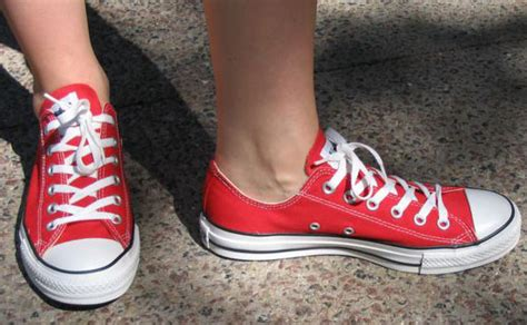 how to bar lace converse low tops wearing fun
