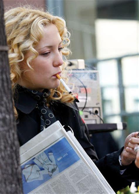 kate hudson smoking cigarettes women smoking cigarettes april 2011