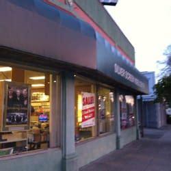 walden books grand ave oakland silver screen center closed