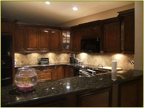 kitchen backsplash ideas  granite countertops black