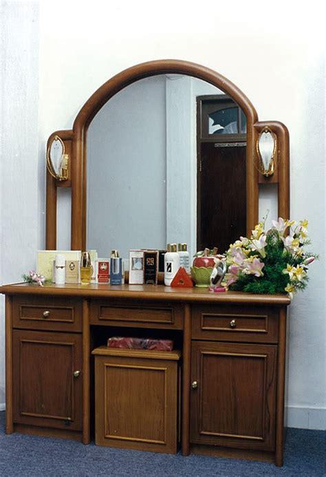 modern home design tips dressing table modern design and tips artdreamshome