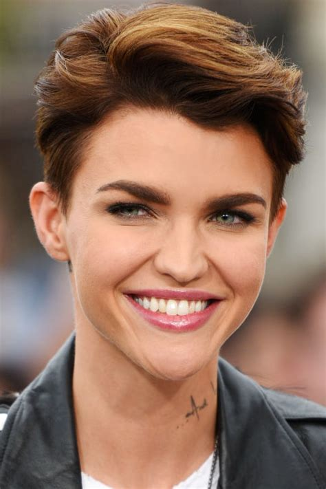 best way to achieve a pixie haircut the top pixie haircuts of all time pixie hairstyles