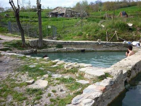 terme libere san casciano dei bagni 40 fonti termali libere a san casciano agriturismo