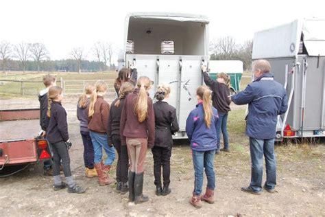 Musterangebot F R Jagdpacht Amt Rantzau Die Pr 252 Fung F 252 R Den Basispass Im Umgang Mit Pferden Auf Hohenufer Am 14 April 2013