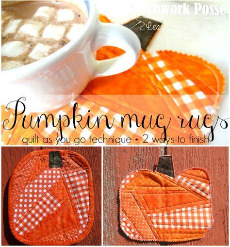 10 Minute Mug Rug - pumpkin mug rug tutorial