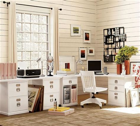 how to decorate your workspace