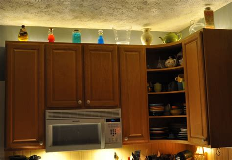 over kitchen cabinet lighting rope lighting above cabinets manicinthecity