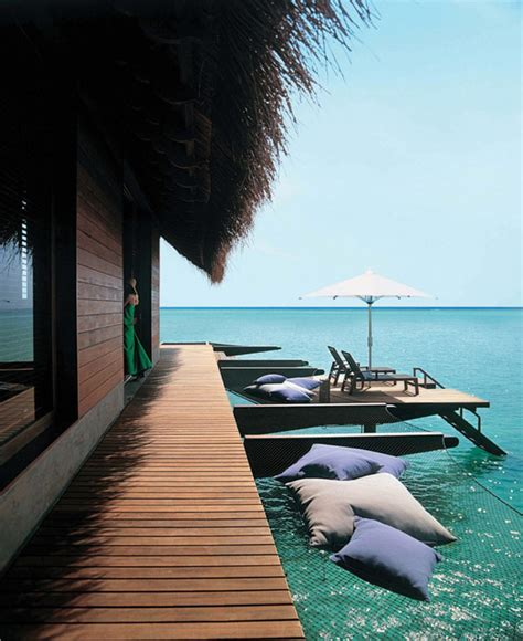 hutte royale resorts five reethi rah resort in the maldives