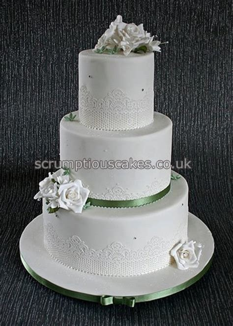 Wedding Cake Edible Lace by Edible Lace Sugar Roses Fuschias Wedding Cake