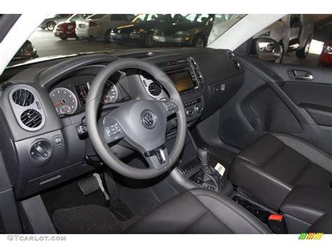 volkswagen tiguan black interior black interior 2013 volkswagen tiguan s photo 68588909