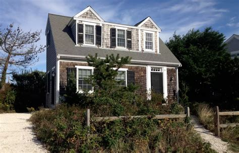 air bnb cape cod five adorable cape cod airbnbs to rent this summer