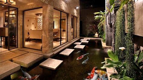 inspirasi desain kolam ikan  halaman belakang