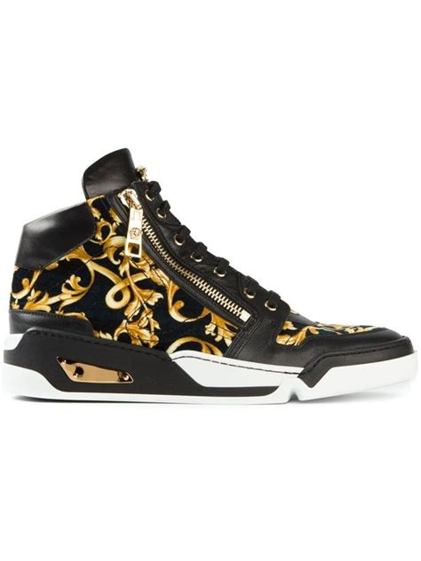 versace sneakers mens 25 best ideas about versace mens shoes on