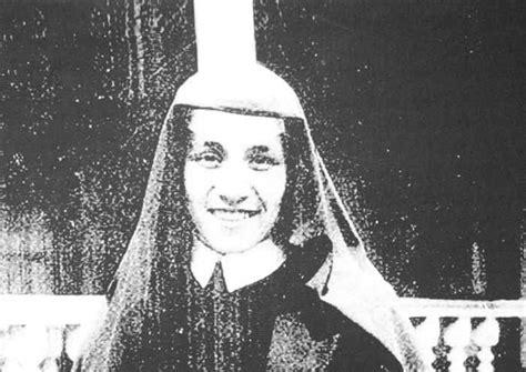 mother teresa early life biography i thirst origin entertainment