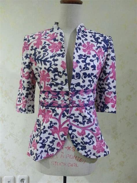 Batik Tulis Lasem 2 Warna casual 3 4 sleeve blazer made from batik tulis lasem made by dongengan https m