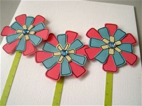How To Make Paper Flowers For Greeting Cards - how to make paper roses free tutorial on how to make