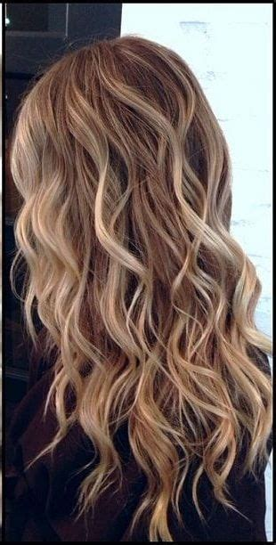 Wavy Hairstyle by Best 25 Wavy Hairstyles Ideas On Medium Wavy
