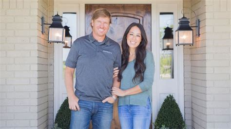 get on fixer upper chip and joanna gaines get a shocking phone call guess