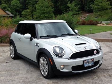 free car manuals to download 2010 mini cooper windshield wipe control purchase used 2010 mini cooper s hatchback premium camden edition 6spd manual 38k miles in