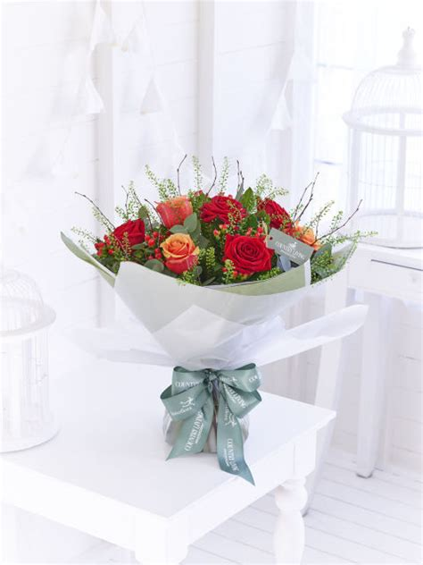 Interflora Gift Card - introducing the autumn country living flower bouquets with interflora