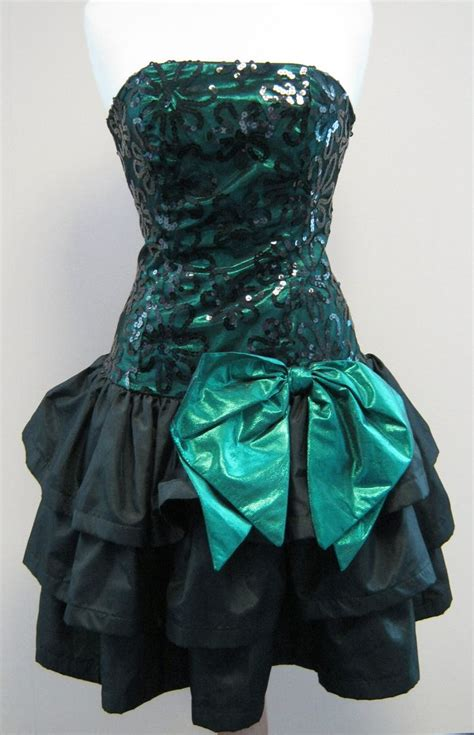 80s prom on pinterest 80s theme decorations 1980s party outfits 43 best images about 80 s prom ideas on pinterest 80s