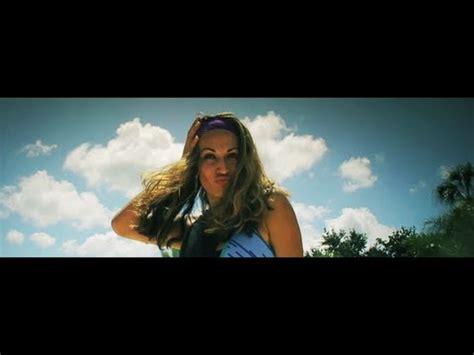 Lu Tembak Hella Matador clip dj mams buena feat luis guisao soldat jahman
