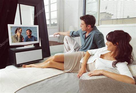 distance tv canap sur le canap 233 avec tv 224 distance photo 46389527
