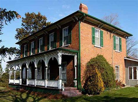 italianate style house style house photo