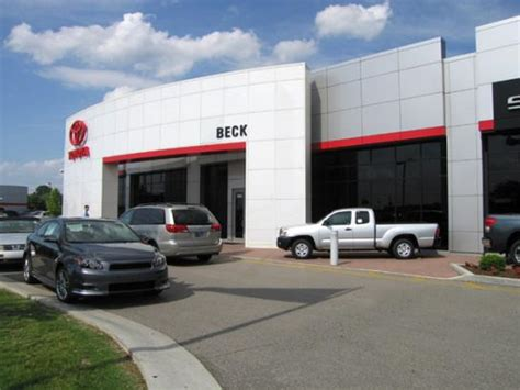 Toyota Dealers Indiana Beck Toyota Car Dealership In Indianapolis In 46227
