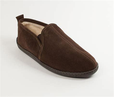 romeo house shoes minnetonka men s romeo the moccasin shop
