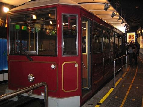 Tiket Combo Peak Tram Museum Coklat Skyterrace hongkong tour day 3 madame tussaud wax museum in