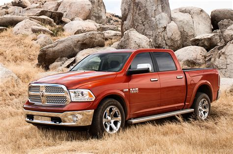 new difference between ram 1500 crew cab and cab slt vs express vs laramie autos post