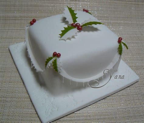 Christmas Decoration Designs - mini christmas cakes